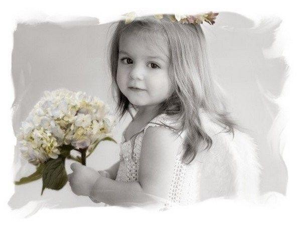 Blanc ... belle image .. fillette tendresse